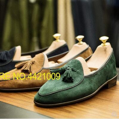 Black Green Coffee Brown Khaki Blue Mens Suede Mocassion Espadrilles Flats Shoes 2018 Casual Fashion Loafers Fringe Slip On Shoe hot sales new fashion dandelion spikes mens loafers high quality suede black slip on sliver rivet flats shoes mens casual shoes