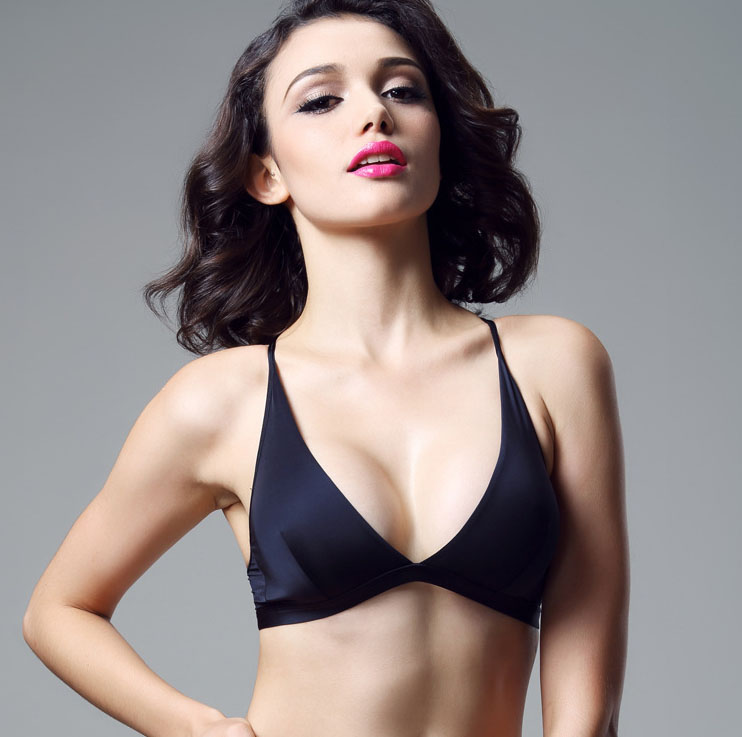 Dámské ultratenké pevné bez ráfků Cross Halter Bikini Pohodlné spodní prádlo tři čtvrtiny (3/4 pohár) podprsenka