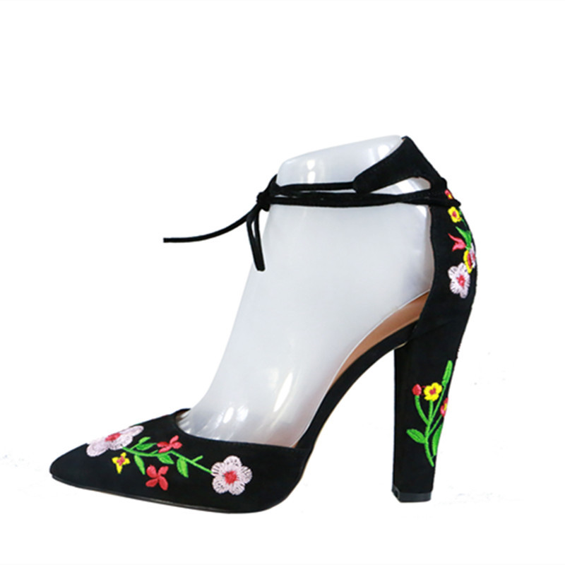 2018 New exquisite flower embroidery high heels women suede lace up chunky heel pumps sexy pointed toe spring autumn shoes все цены