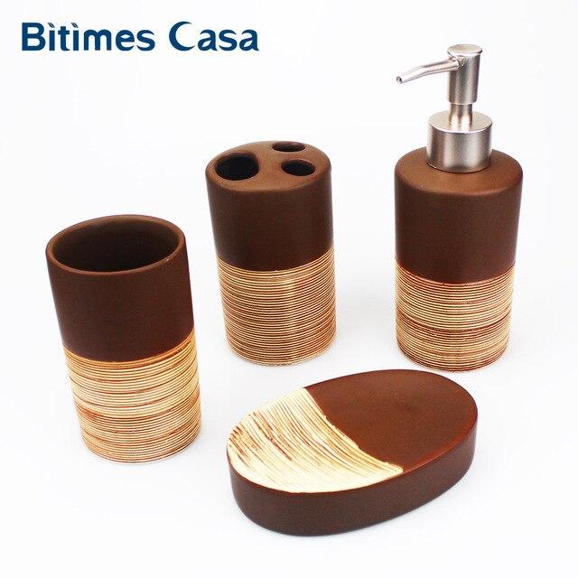 4 pz Porcellana Bagno Set Bagno Europeo di Ceramica Sapone Liquido Dispenser di
