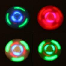 ไฟLED Tri-s Pinnerบลูทูธลำโพงเพลงปั่นอยู่ไม่สุขปินเนอร์EDCมือปั่นออทิสติกและสมาธิสั้นบรรเทาความเครียดของเล่น
