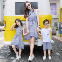 2019 Summer Fashion Striped Family Clothing Sets Mother Son Outfits Bow Flower Mother Daughter Matching Dress Family Clothes