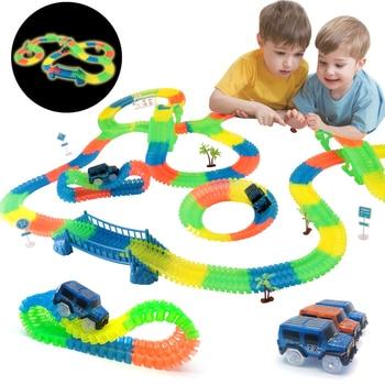 السكك الحديدية السحرية متوهجة مرنة مسار سيارات لعب الأطفال سباق بيند السكك الحديدية المسار LED ضوء فلاش إلكتروني سيارة لعبة DIY