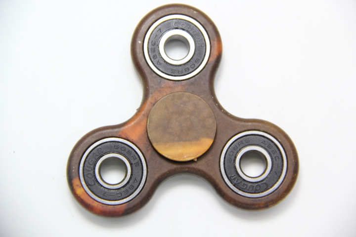 Camouflage Wood grain Hand Spinner Fidget Tri Finger Toy For Focus Stress Reliever New Ultra Durable