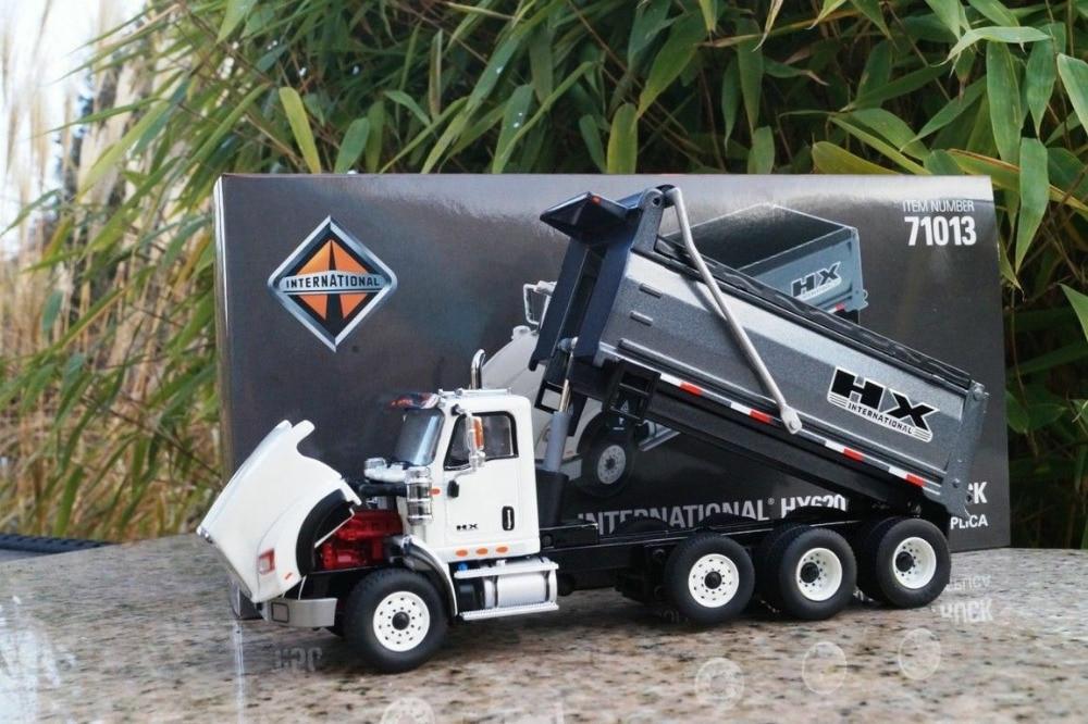 Diecast Masters DM71013 - International HX620 Dump Truck White - Scale 1/50
