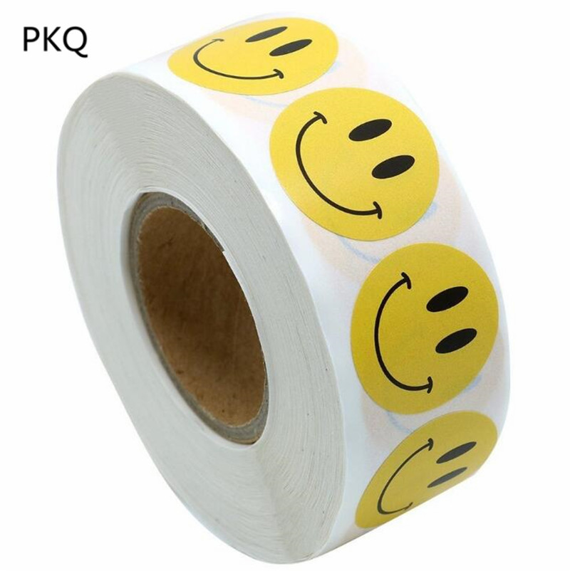 500pcs Yellow Smile Face Stickers DIY Cake Biscuit Baking Sealing Label Gift Box Adhesive Sticker Scrapbooking Kawaii Stationery(China)