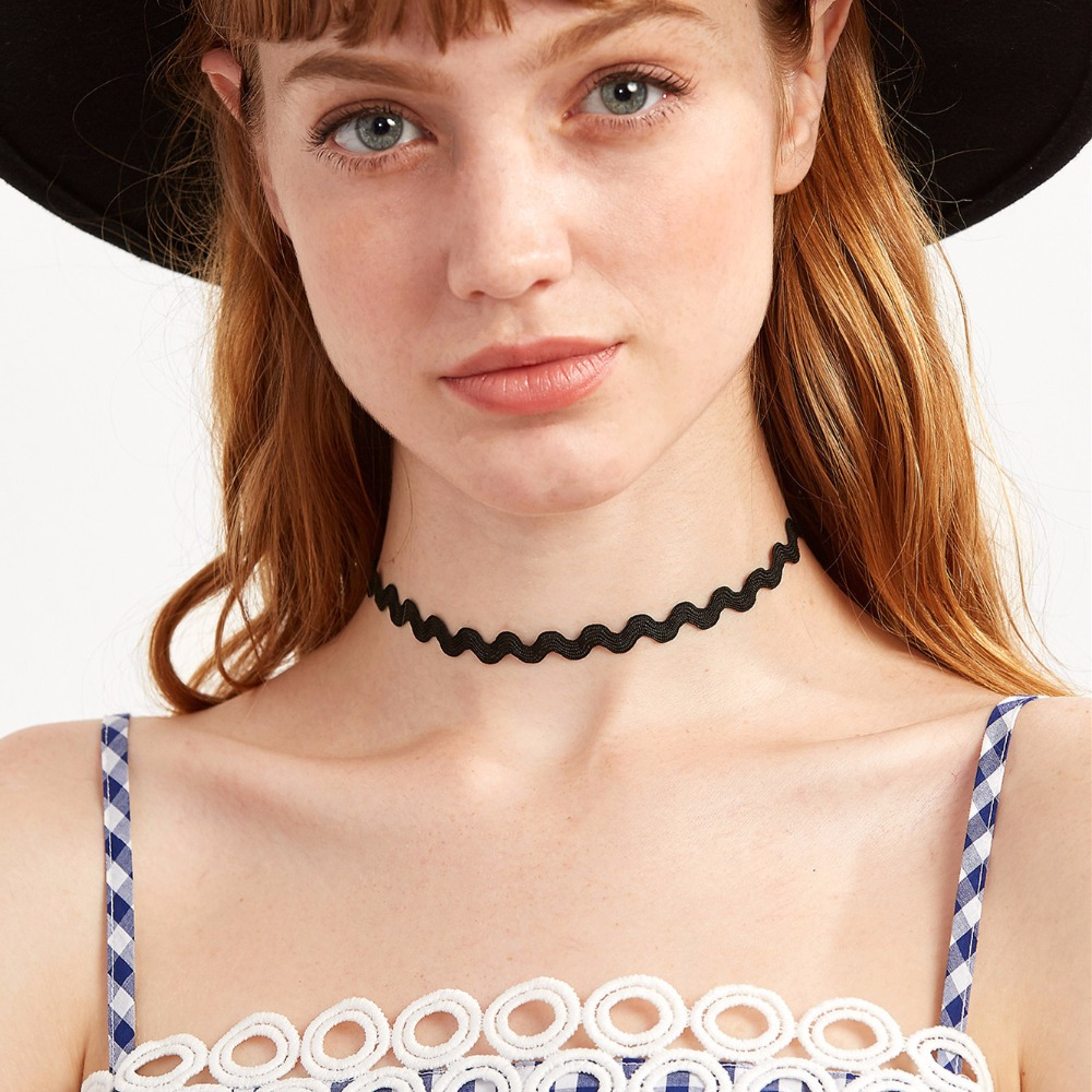 NK923 New Punk Gothic Bijoux Black White Wave Lace Harajuku Tattoo Statement Choker Necklace For Women Clavicle Wedding Jewelry