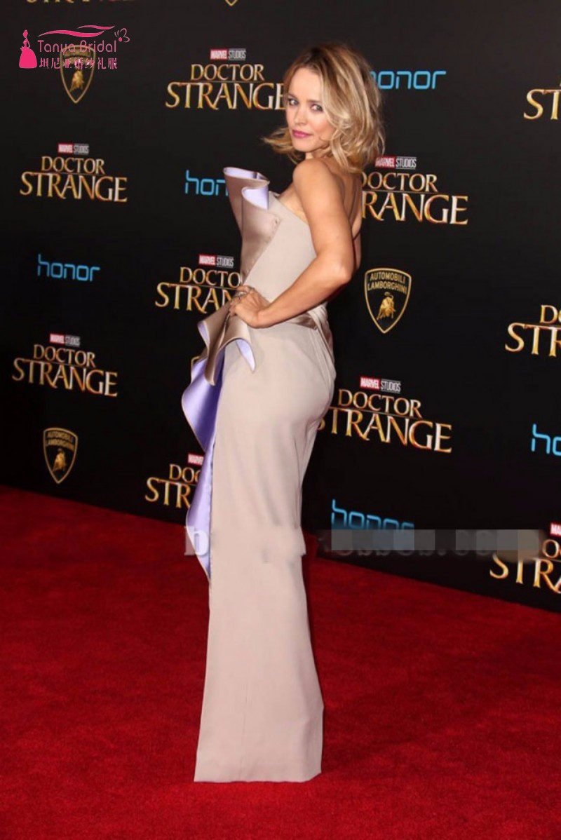 conew_rachel_mcadams_silver_strpless_thigh-high_slit_evening_prom_gown_doctor_strange_premiere_2016-1_conew1