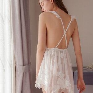 Image 4 - Munllure สุภาพสตรีลึก V nightdress ปักสีขาวมุมมอง lace Nightie ชุดชั้นในสตรีเซ็กซี่ Bra Linger