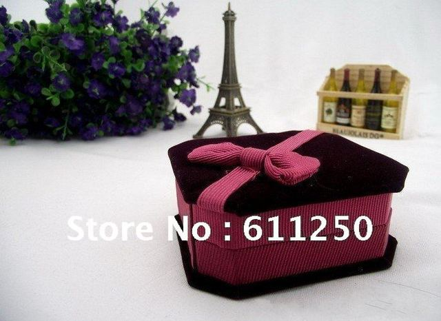 Promotion: Velvet Wrapped Bangle Box With red bowknot for decoration, High Quanlity & Fashionable style