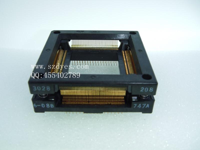Burning seat Adapter QFP208 Test bench  TQFP208 SEAT  3028-208-6-08B-47A  PROGRAMMER xc4013xla 07pq208c qfp208