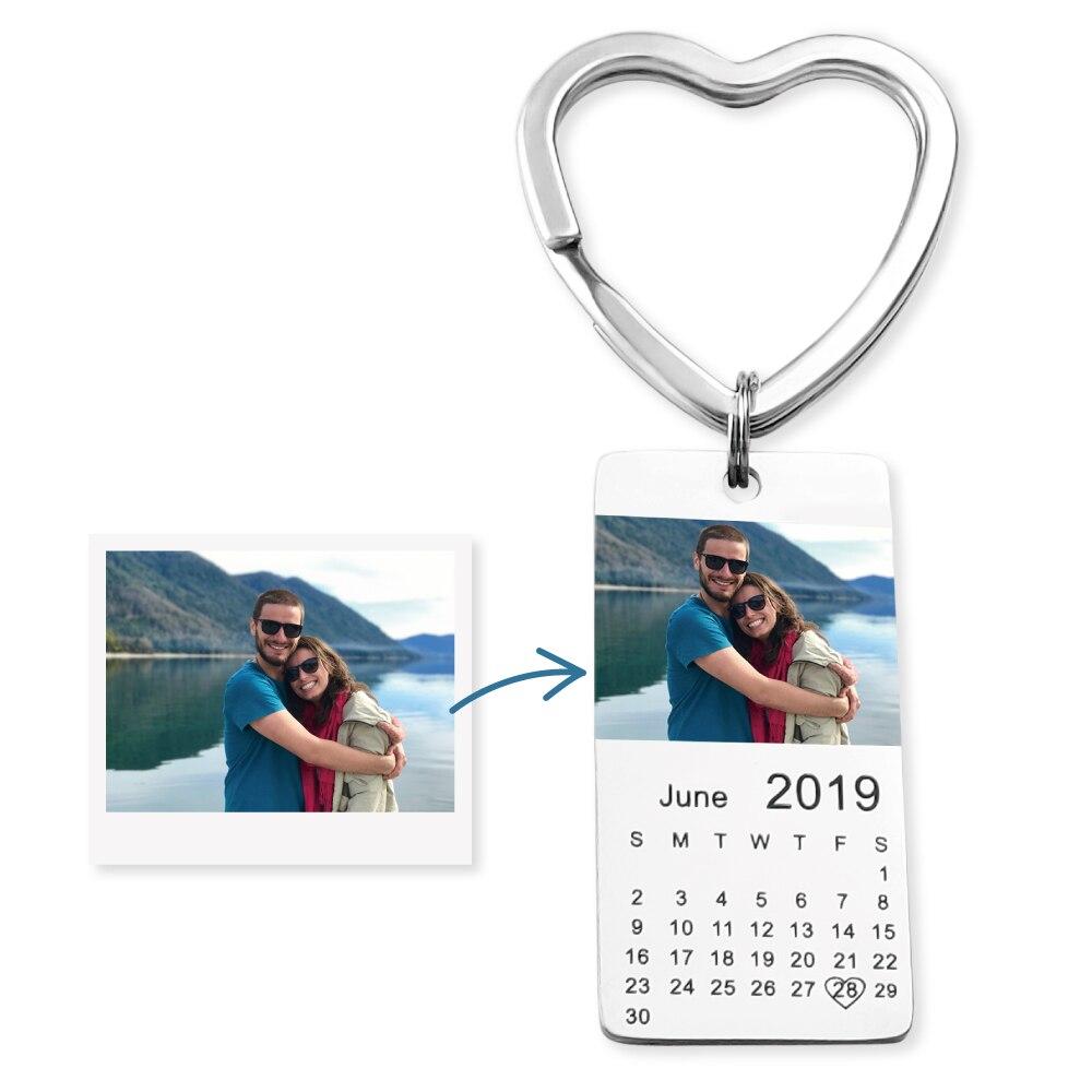 MYLONGINGCHARM personalisierte farbe foto kalender keychain liebe datum geschenk für frauen familie geschenk
