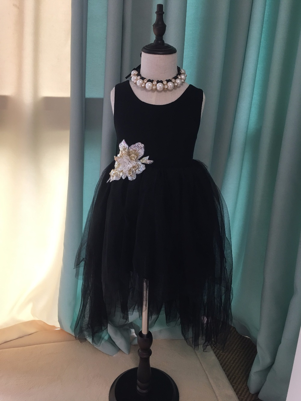 2019 New fashion kids girls birthday dress children roses flowers sequins dress toddler lace party vestido with tails