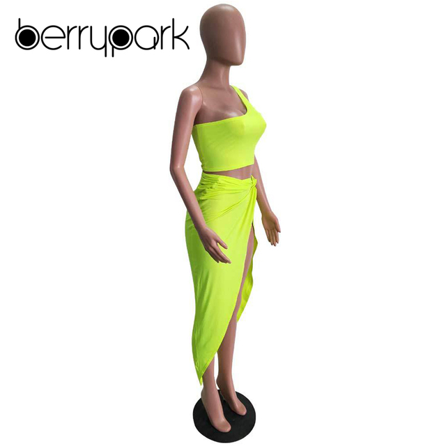 BerryPark Kim Kardashian Sexy Dress Women One Shoulder Draped Asymmetrical Dresses 2019 Summer Fashion High Street Matching Sets 4
