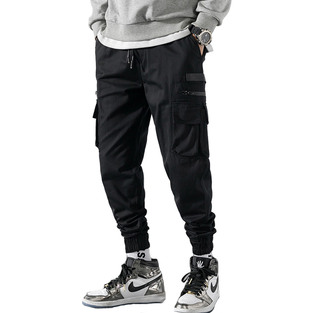 Japanese Style Fashion Men Jeans Black Color Big Pocket Cargo Pants Loose Fit Taper Trousers Streetwear Hip Hop Jogger Pants Men