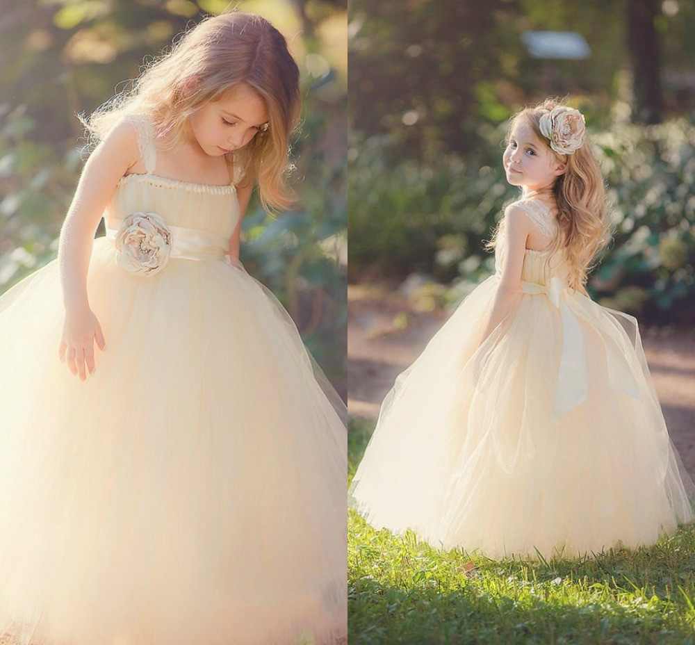 cleveland wedding sam rusty girls dresses for weddings JLM Weddings a JLM Couture real weddings site recently featured Samantha s bridesmaids For more photos of the girls dresses
