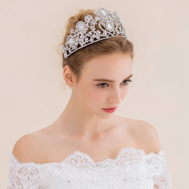 2017 New Vintage Peacock Crystal  Accessories For Wedding Quinceanera Bridal Hats  Pageant Rhinestone Crown