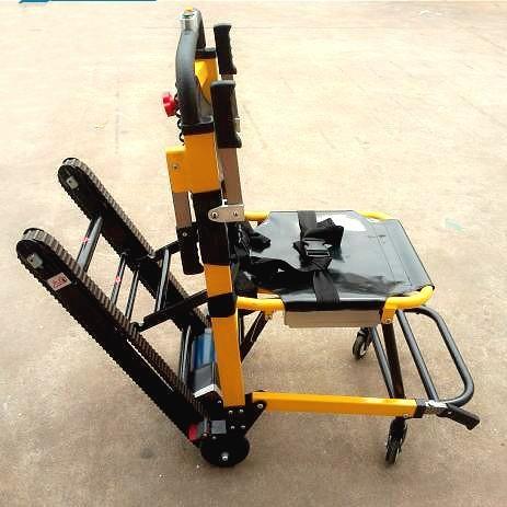 Tipo oruga el ctrica silla de ruedas subir escaleras for Silla de ruedas para subir escaleras