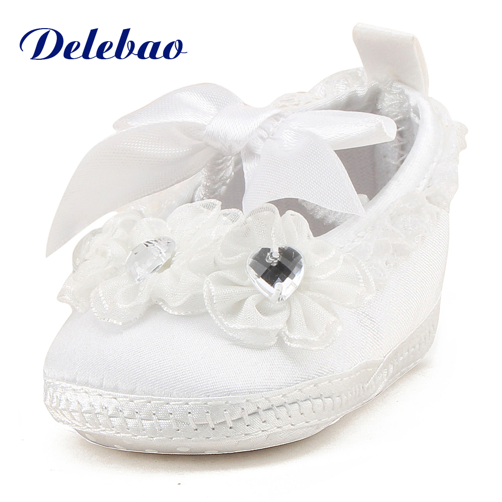 DelebaoTransparent Crystal Lace And lace Baby Shoes Pure White Newborn Baby Shoes Serious Solemn Christening/Baptism