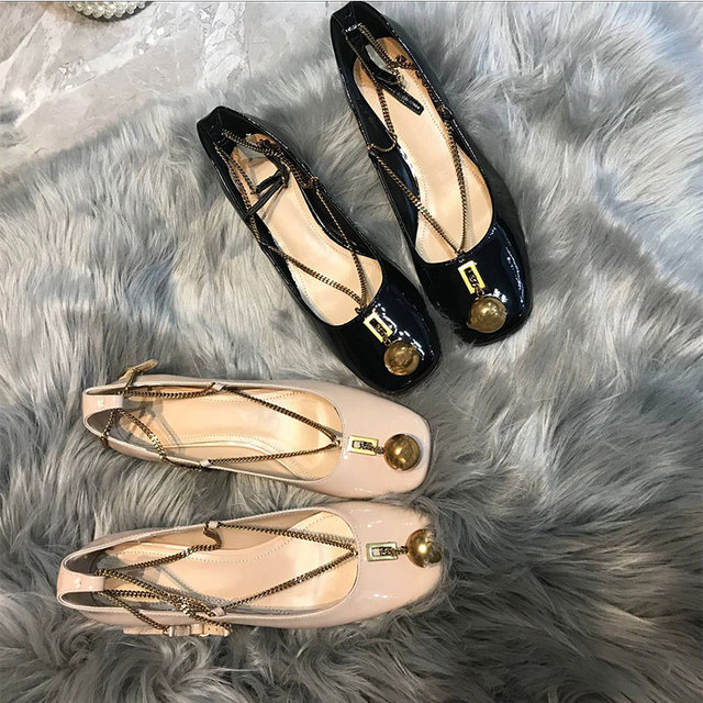 Chic Woman Pumps Metal Ball Decor Woman Shoes Chain Buckle Design Kitten  Heels Square Toe Trendy Runway Star Brand Funky Shoes d8664d5f7c4f