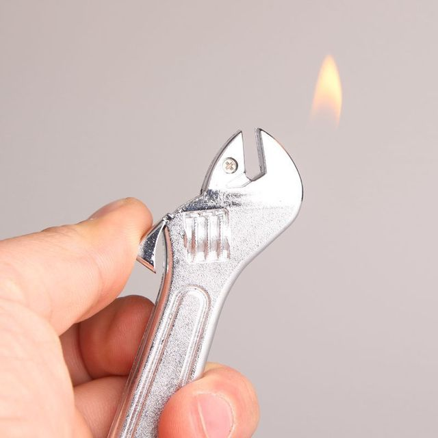 Hot Creative Compact Wrench Lighter Gas Lighter Inflated Gas Jet Hardware Accessories Metal Gift No Gas