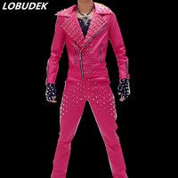 Clienti maschio PU pelle rivetto marea vestito di modo giacca pantaloni 2 pezzi set fase rock cappotto pantaloni mostra bar discoteca ballo dj