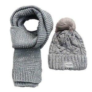 Image 5 - Chapeaux en velours pour femme avec écharpe, bonnet en laine, chaude, couvre oreilles, tricoté, mignon, ensemble de 2, hiver 2019