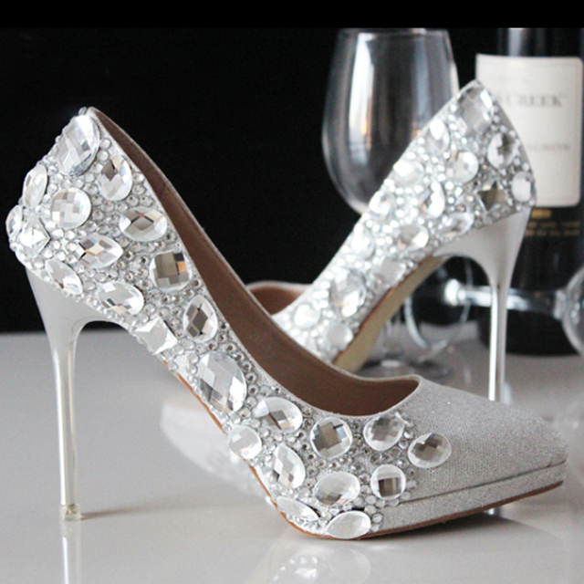 Fashion Silver Crystal Bling Bling Wedding Dresses Shoes Elegant Modest  Party Wear Bridal Shoes Low Heel 7ffcf567a243