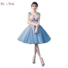 f226435e5 انه الضوء الأزرق كوكتيل اللباس مع الوردي زهرة العروس جديد الحلو الخامس  الرقبة أكمام قصيرة خط حزب ثوب مخصص الرسمي فساتين