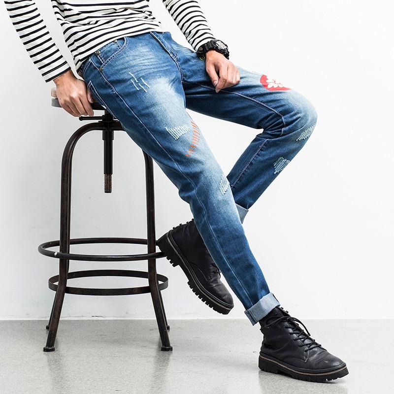 Autumn New Rock Jeans Men Fashion Print Straight Slim Fit Biker Jeans Men Trousers Mid Waist Personlity Ripped Jeans Denim Pant fashion slim straight dark jeans men mid stripe mens jeans ripped denim trousers new famous brand biker jeans a625