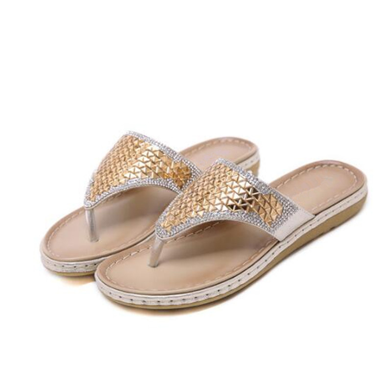 New Fashion Summer Sandals Slippers Women Shoes 2019 New Bohemian Rhinestone Flip Flops Large Size Comfortable Beach Shoes 35-42