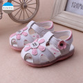 2017 LED baby lights shoes flowers infant girls sandals  0 to 24 months soft bottom newborn toddler shoes high quality princess