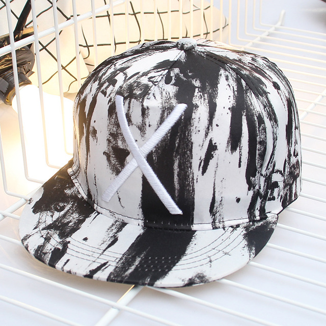 c1a1759436b7fd simple fashion large X embroidery cotton printed women men baseball cap  black white graffiti flat hat hip hop sports sunscreen