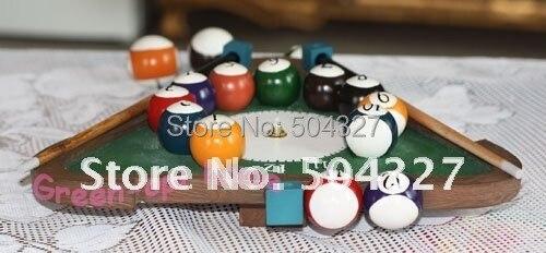 Free shipping 1Piece Pool Balls Triangle Billiard Table Wall Clock Room Decor Quartz Clock