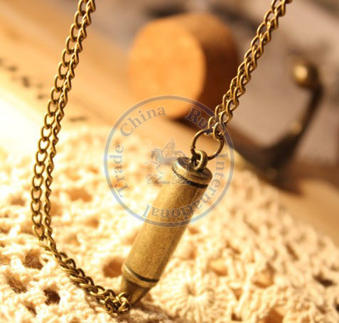 necklaces pendant Fashion jewelry popular for women vintage weapon sweater chain design CN post