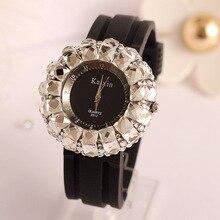 Shinning Fashion Brand women's Sports Watches Bling Crystal Rhinestone Ladies Quartz Analog WristWatch Clock Relogio feminino