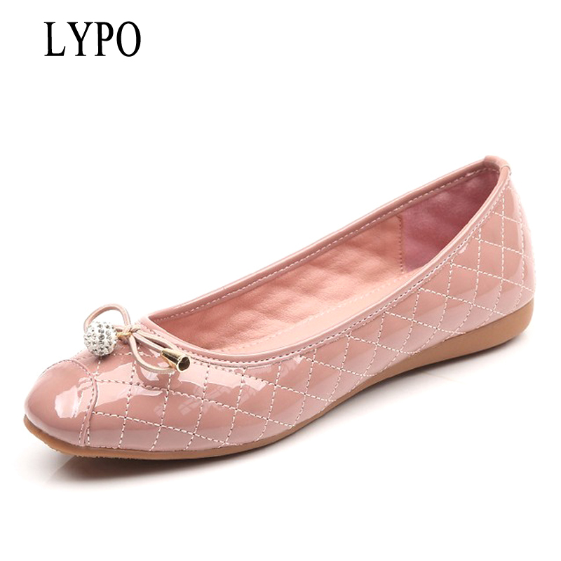 LYPO 2018 spring and summer Korean fashion rhinestone flats leather patent leather Metal bowknot round toe casual women shoes 2016 spring and summer free shipping red new fashion design shoes african women print rt 3