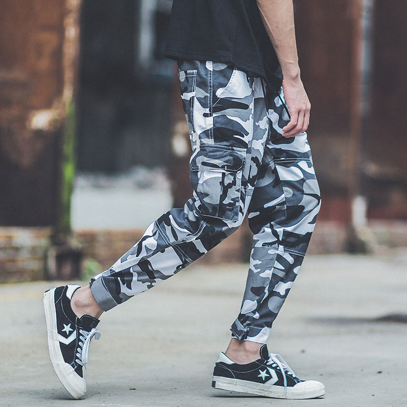 Fashion Punk Style Army Pants Camouflage Loose Fit Big Pocket Cargo Pants Ankle Banded Hip Hop Trousers Men Jogger Pants