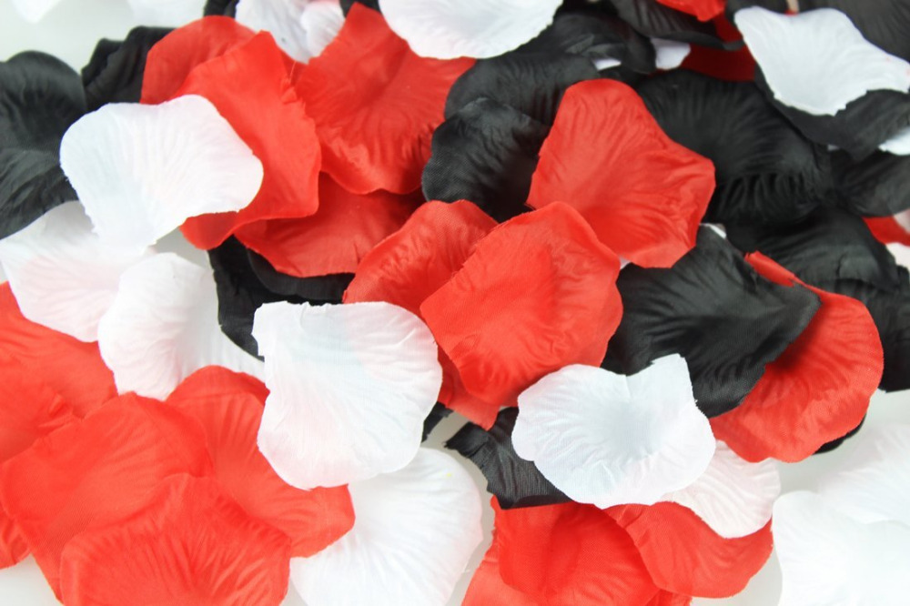900pcs Mixed Red Black White Silk Rose Petals Wedding Centerpieces