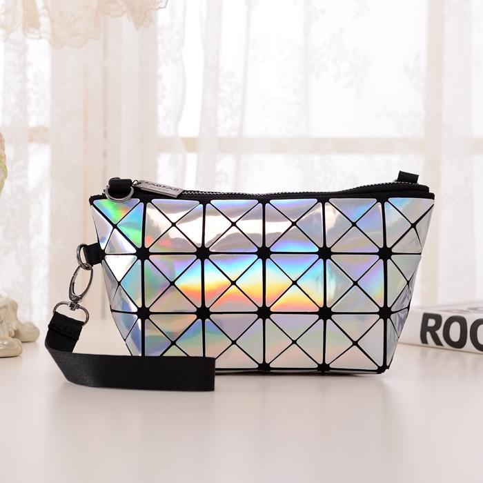 4f88b197ad New Fashion bao bao Issey Miyake Mini Plaid Metal Bag Geometric Diamond  Laser Tote Women Leather Handbags Famous Brand 5250 di Top-Handle Tas dari  Bagasi ...
