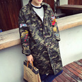 Primavera outono nova arrivel mens trench coats men camouflage bordado longo casacos adolescente hiphop solto jaqueta à prova de vento A471