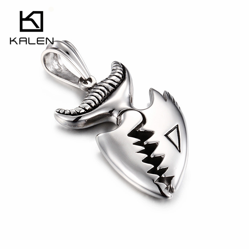 The scorpion skulls of the body alloy charms pendants 38*33mm