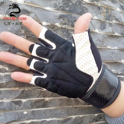 Fitness gloves men's sports fitness outdoor riding roller dumbbell weightlifting wrist gloves fitness gloves summer sun gloves riding sports black hawk military tactical cs special forces leather semi fingertips