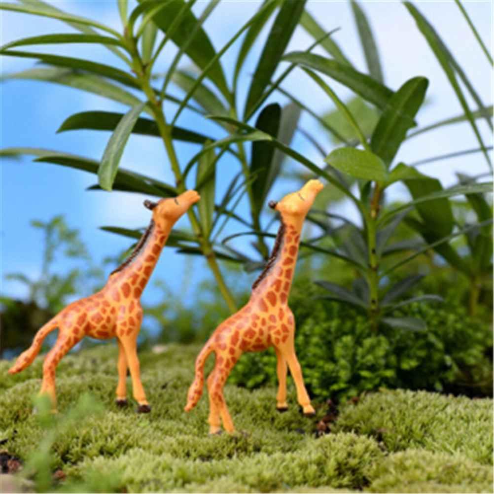 2 Pcs/set Afrika Hewan Jerapah Patung Jerapah Keluarga Solid PVC Model Action Figure Mainan Koleksi untuk Anak-anak Hadiah