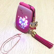 2 Batterij Flip Hello Kitty Mobiele Telefoons W88 Luxe Muziek Flash Light Mini Meisje Dame Kinderen Kids Mobiele Telefoon H Mobiele W88