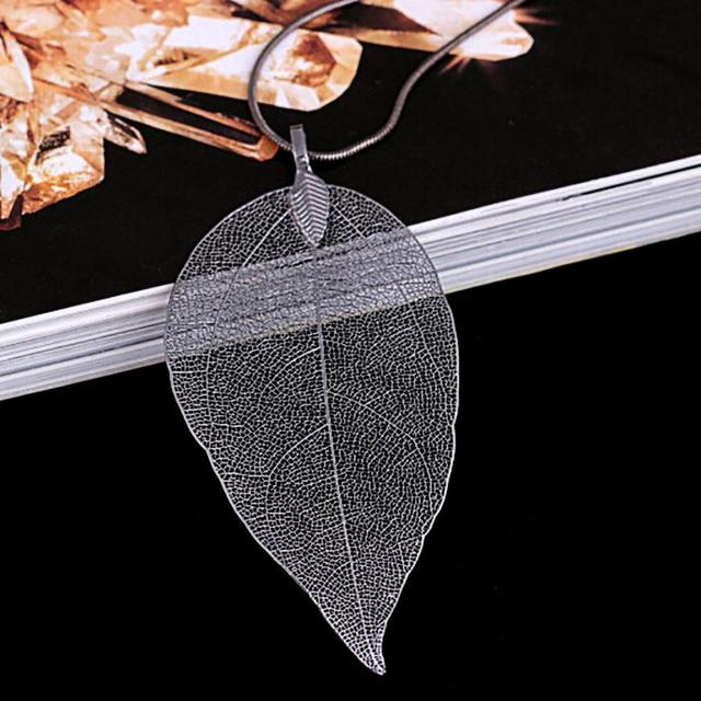 Long Chain Leaves Pendant Necklace 4