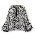 2017 Women Printed Blouse Drawstring O Neck Lace Insert Flare Sleeve  Plus Size Ladies Shirts Chemise Femme DNJD6354