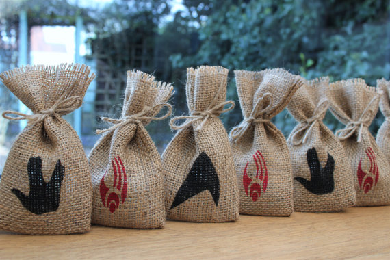 Rustic Burlap Wedding Party Gift Favour Bags Sci Fi Star Geek Comic Book Bachelorette Hangover Survival Kit Candy Pouches In Wring