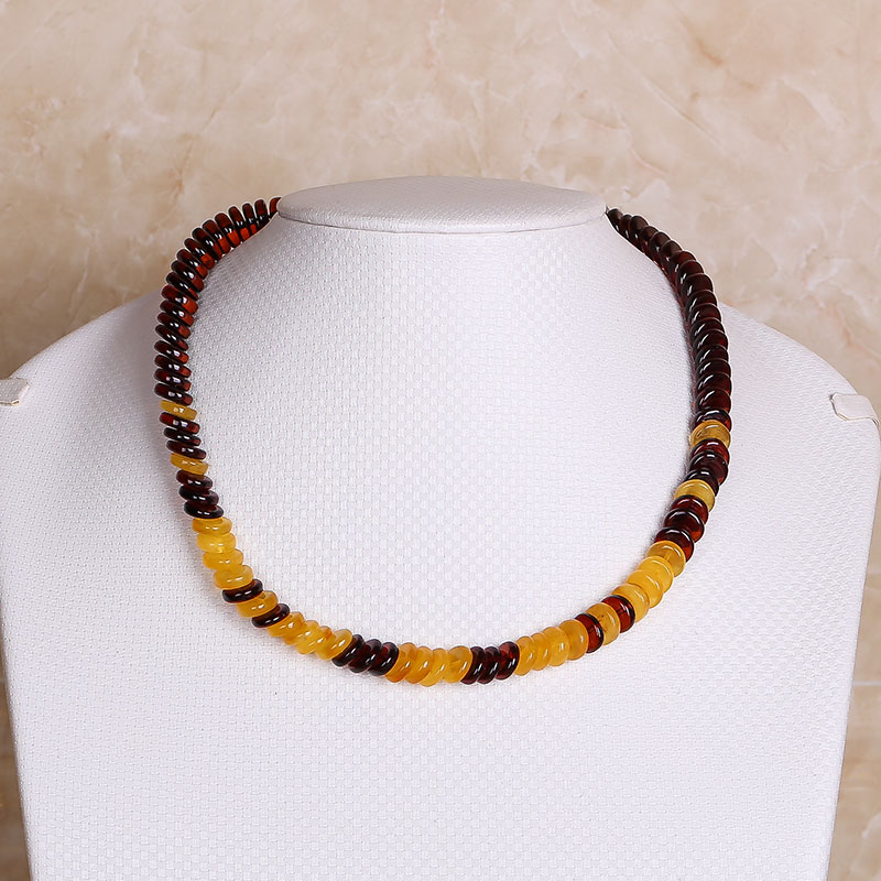 все цены на Russian Natural Amber Gold Cooper Necklace Necklace Chain Clavicle Chain With Shapeless Treasure Without Pressing Fidelity