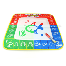 1 stk 49x48cm 3 farge magisk vann tegnematte med 1 magiepenn for barn